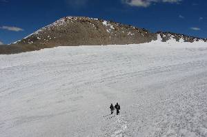 The south slope of P.6100 is completely snow-free