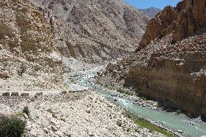 road along Indus